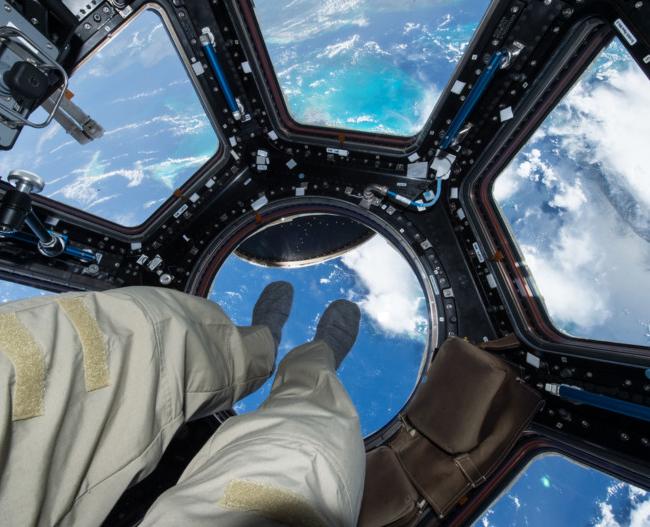 Skot Keli, pogled iz svemira