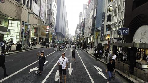 Big in Japan: Autor teksta na Ginzi, subotom posle podne kada se na dva sata pretvara u pešačku zonu
