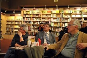 Promocija knjige Srpski valcer, u knijižari Delfi SKC, Beograd, 18. april 2011.