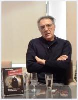 """Momčilo Đorgović: """"Ovo je priča bez kraja. U modernoj istoriji sve političke i društvene revolucije nazivane su lokomotivom istorije, koja je označavala brz i snažan, nezaustavljiv progres. I mi smo nekoliko puta bili ukrcani u tu lokomotivu istorije, ali smo umesto u napredak, završavali u tunelu""""."""